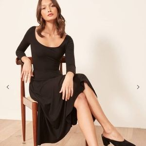 Reformation Rou fit and flare midi black dress L